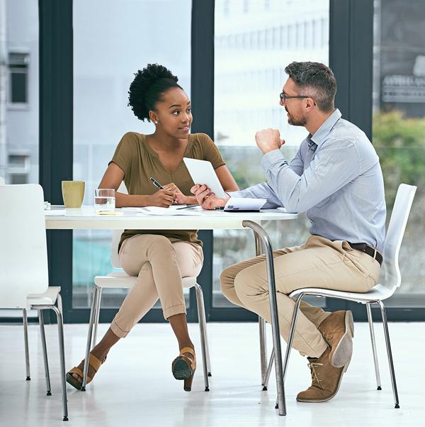 برنامج ادارة علاقات العملاء
