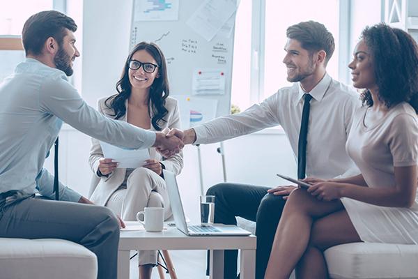 أنظمة إدارة علاقات العملاء